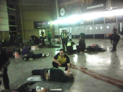 manchester-explosion-gallery-27