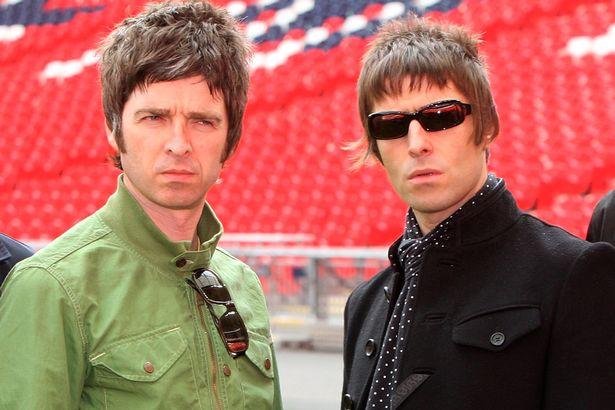 Noel-Gallagher-and-Liam-Galllagher.jpg