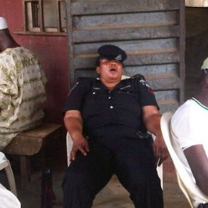 funny-nigeria-police-mess